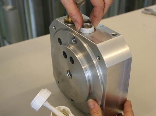 کاربرد 1 - آنتی سیز ASW 450 ویکن (َماده ضد قفل با تکنولوژی بالا)