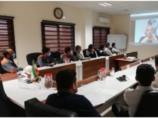 وبینار آموزشی محصولات ویکن برای هلدینگ سیمانی غدیر - 2